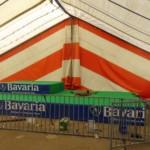 Voorbereidingen MDD 2019 - Podium met stage barriers • 11-04-2019