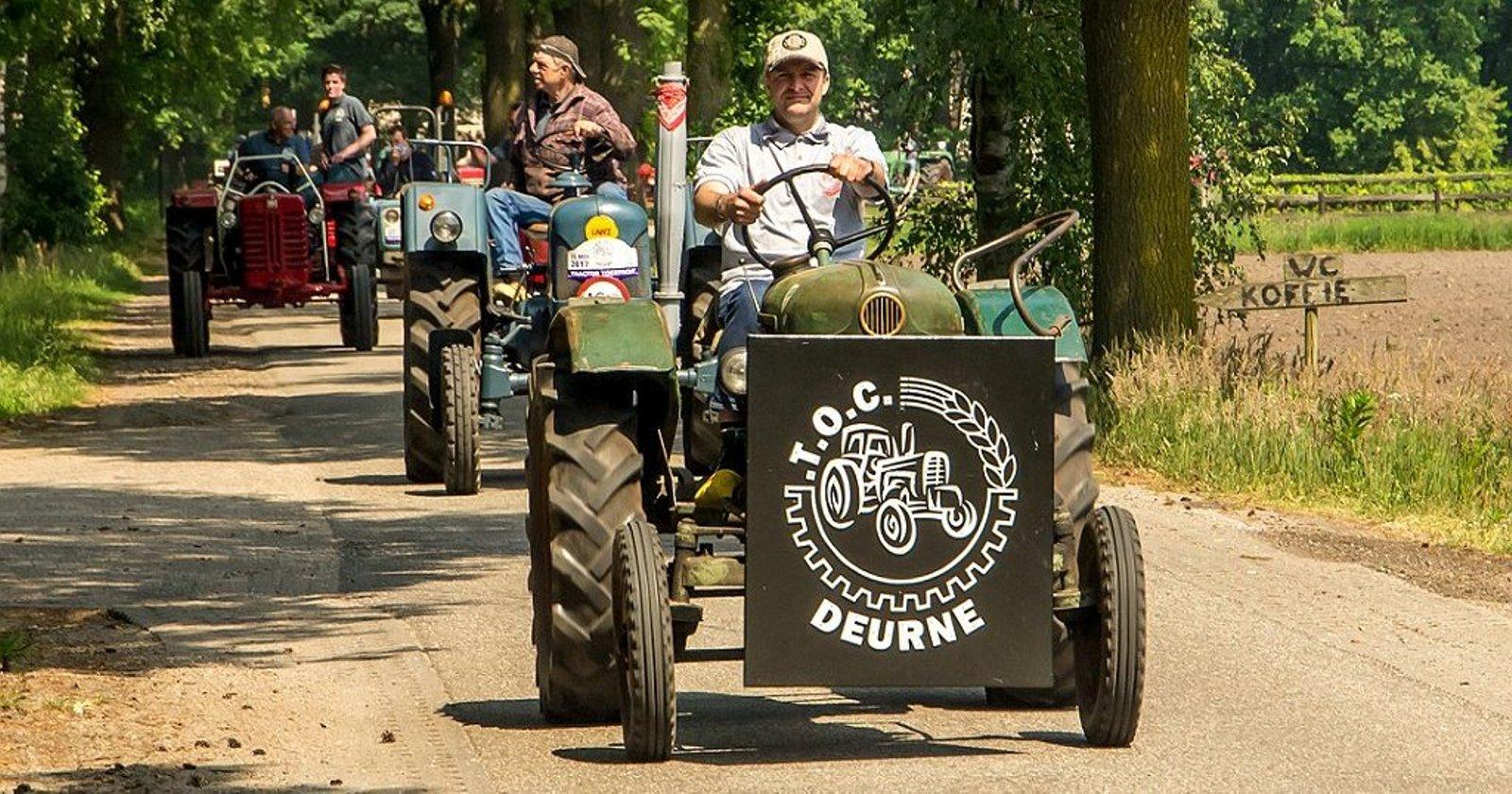 9e Tractortoertocht TOC Deurne